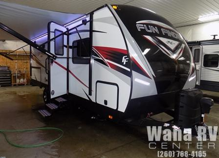 Cruiser RV Fun Finder Xtreme Lite TT23SR